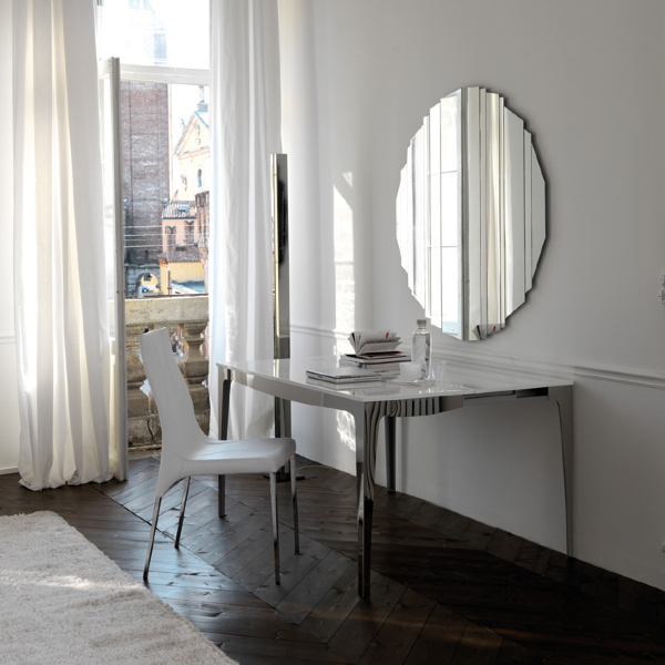 Capri console - available in Marbella