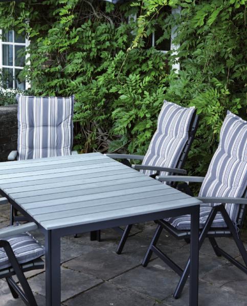 11-outdoor-dining-marbella-aaa129