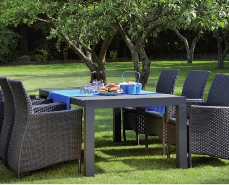 17-outdoor-dining-marbella-aaa129