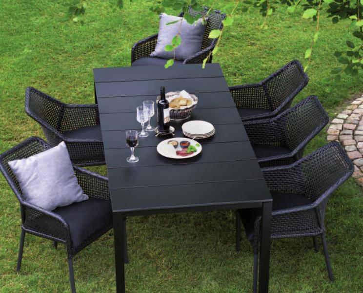 19-outdoor-dining-marbella-aaa129