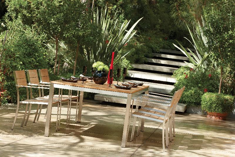designer-outdoor-tables-marbella-aaa128