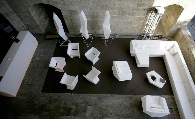 faz_lamppie-modern-outdoor-furniture-marbella-aaa122