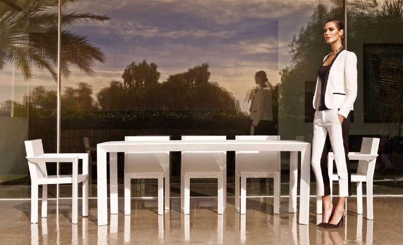 frame_04-modern-outdoor-furniture-marbella-aaa122