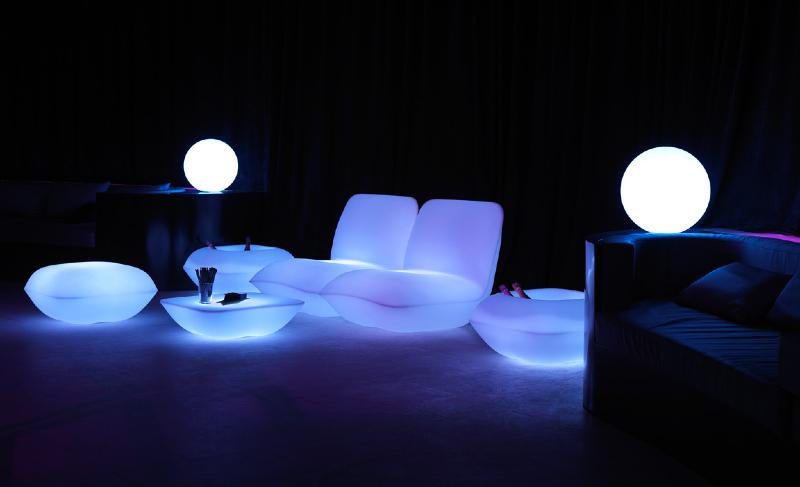 pillow_mesallum-modern-outdoor-furniture-marbella-aaa122