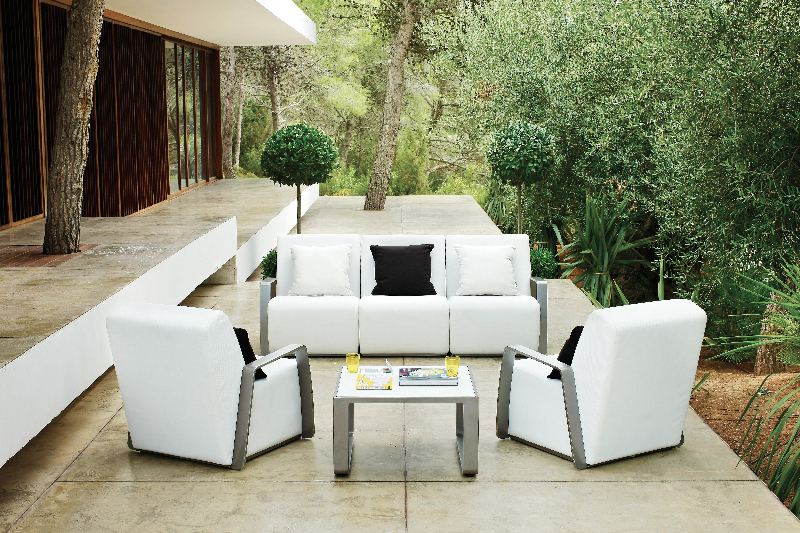 club-17_0-designer-outdoor-furniture-marbella-aaa128