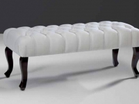 classic-puffets-custom-upholstery-marbella-da-isabela