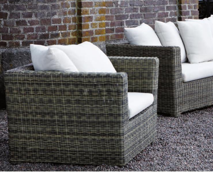 30-outdoor-seating-marbella-aaa129