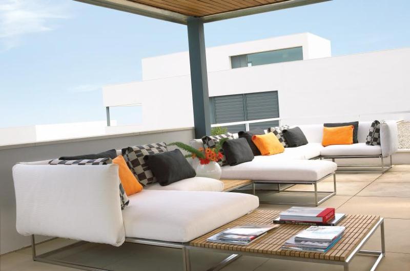 cloud-51_0-designer-outdoor-furniture-marbella-aaa128