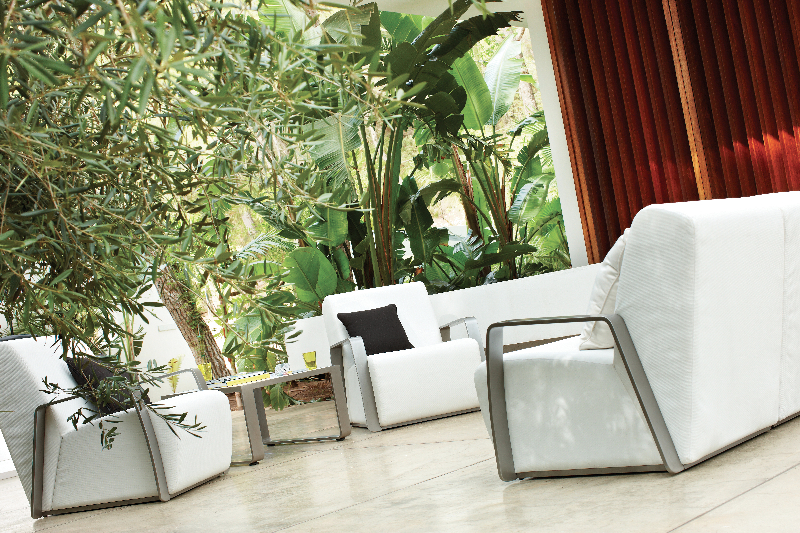 club-4_0-designer-outdoor-furniture-marbella-aaa128